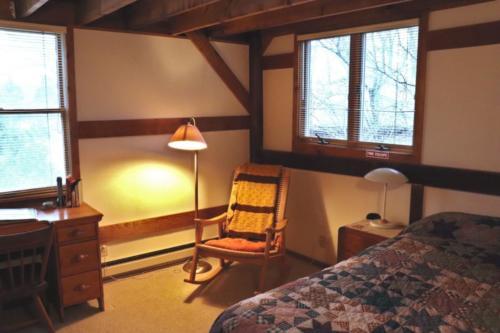 Guest Room 4